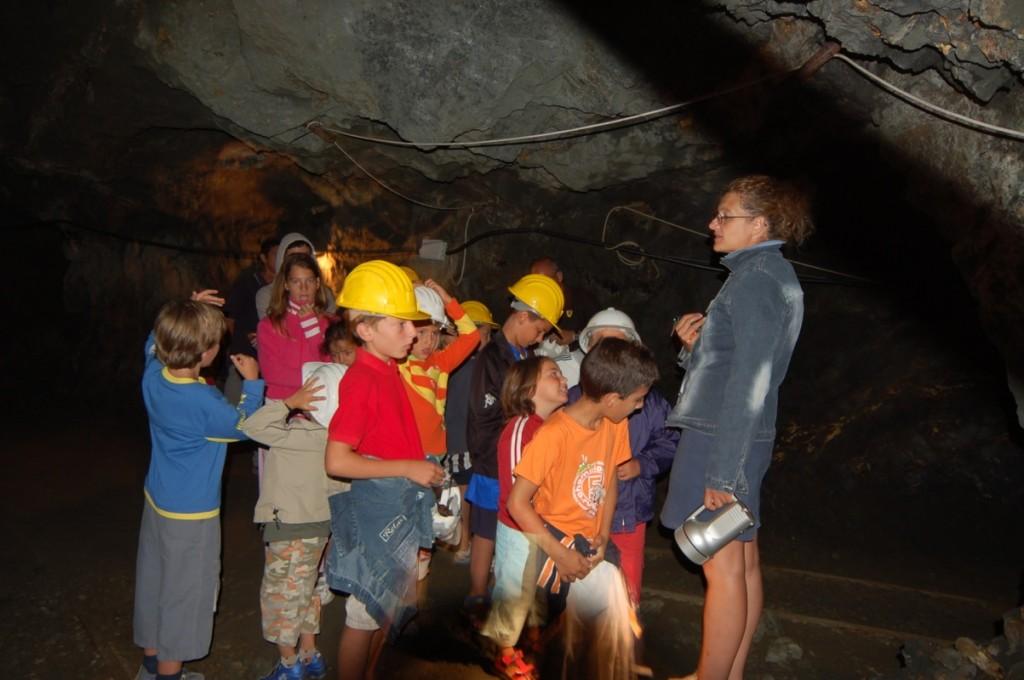 Loriana Puccini per le visite alle miniere di Capoliveri