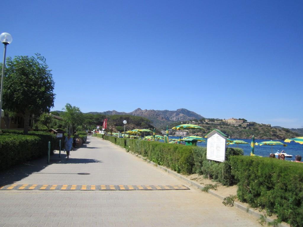 Viale a Naregno