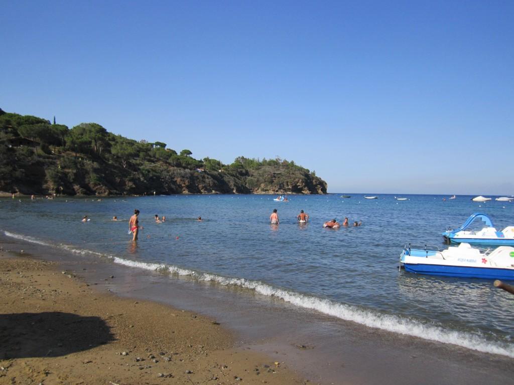 Spiaggia di Straccoligno ( foto di F.Mazzei)