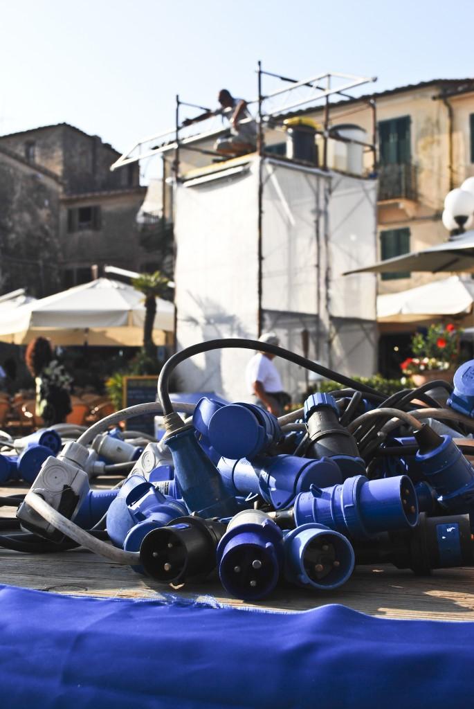 Preparativi in piazza Matteotti Notte Blu (foto C. Colnago)