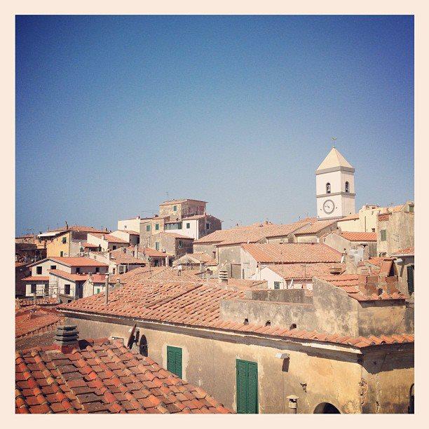 Cielo terso a Capoliveri (Foto di F.Bollati)