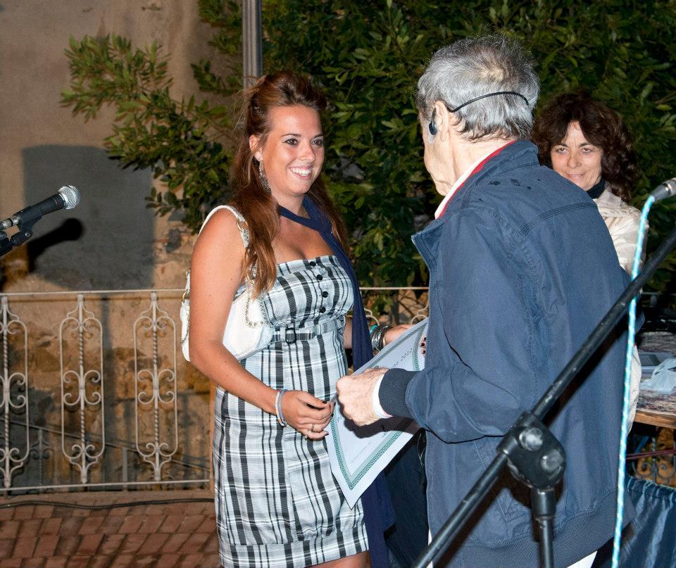 """Stella Bartolini, vincitrice Festival """"Le Voci della poesia"""" 2012 (Foto di Claudia Colnago)"""