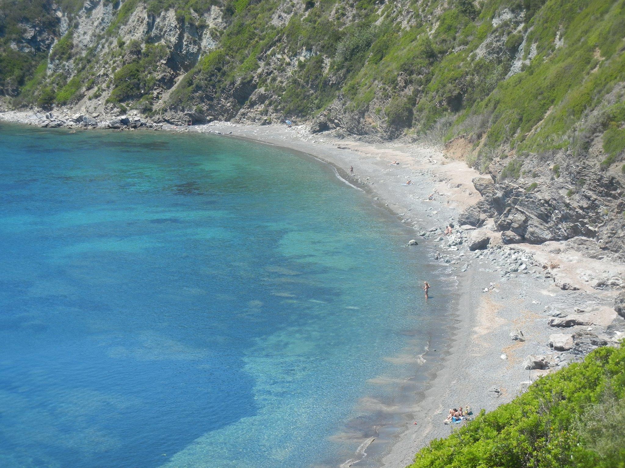 Acqua cristallina spiaggia di Acquarilli (Foto A.Pazzagli)