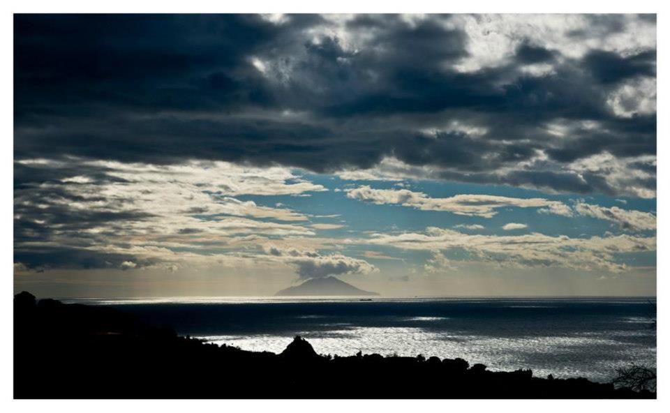 Montecristo sullo sfondo (Foto C.Colnago)