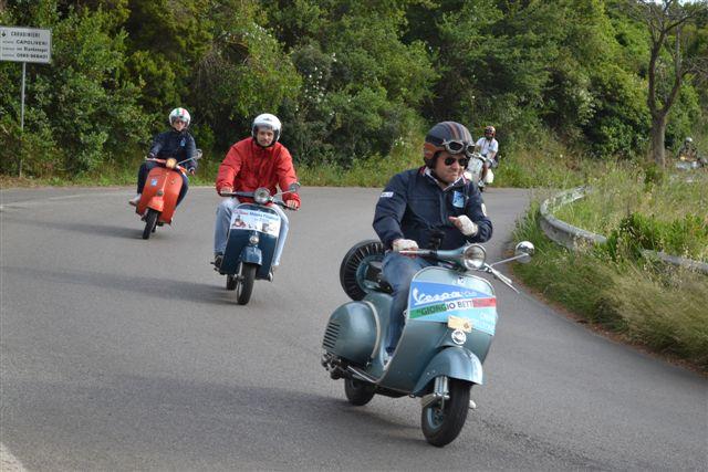 Passaggio (Foto Vespa Club Capoliveri)