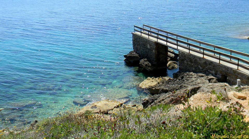 Pontile spiaggia degli Stecchi (Foto Manuela Puliafito)